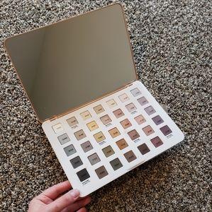Sephora Pantone Universe eyeshadow palette